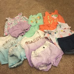 6 toddler short sets!